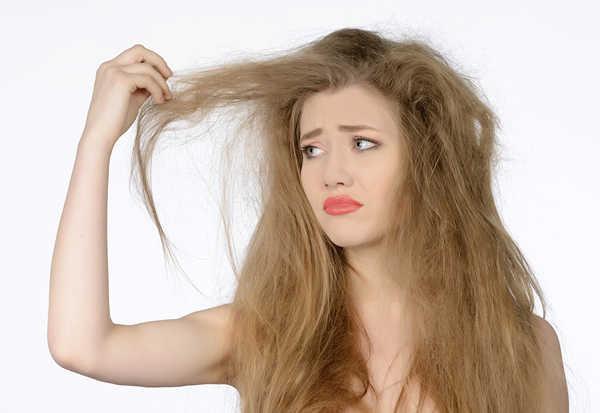 Bật mí cách khắc phục tóc khô xơ gãy rụng