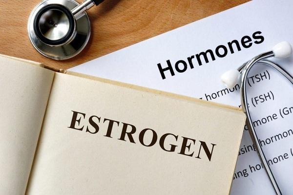 Nội tiết tố thay đổi làm cơ thể có nhiều biểu hiện ảnh hưởng xấu