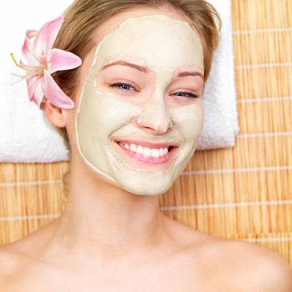 Mầm đậu nành và sữa tươi cung cấp độ ẩm cho da