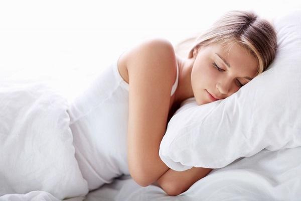 Đau bụng dưới ở tuổi dậy thì có đau lắm không? Các bạn nữ nên biết